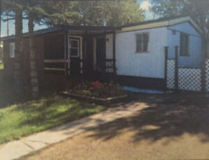 Mobile home on lot For Sale