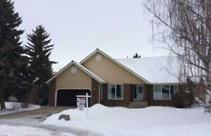 Home for Sale in Sherwood Park,  (4bd 3ba/1hba) - Reduced