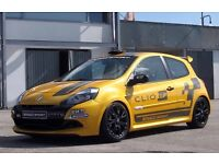 X85 Clio Cup Racer RS 197/ 200 Renault Sport Track Race Car - Breaking