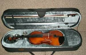 Stentor Graduate Series 4/4 Full Size Violin Outfit with Case & B Lake Boga Swan Hill Area Preview