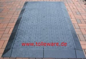 Industrie Boden / Messe Boden / Kunststoff Bodenplatten