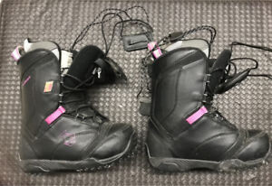 Ladies snowboard boots by Northwave size 6.5