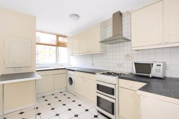 STEPNEY/LIMEHOUSE, E1, BRIGHT AND SPACIOUS 2 BEDROOM APARTMENT IN EXCELLENT LOCATION