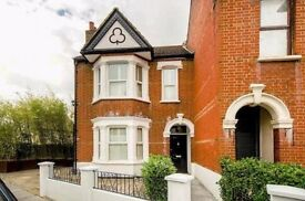 3 bedroom house in Beauchamp Road, Upper Norwood, SE19