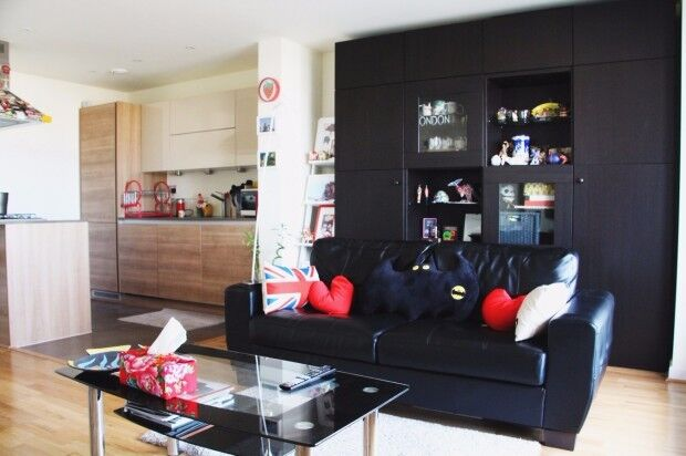 1 bedroom flat in Warwick Aparments 132 Cable Street, London, E1
