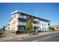 LOVELY 2 BED GROUND FLOOR FLAT LOCATED ON BUSY CHADWELL HEATH HIGH STREET.