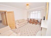 3 bedroom flat in Chatsworth Court Pembroke Road, Kensington W8