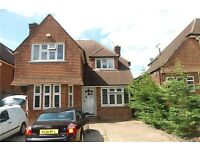 Large 4 /5 bedroom detached house to rent in Kingsbury / Wembley Park