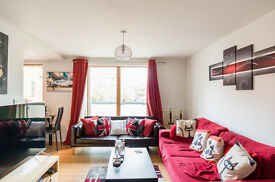 1 bedroom flat in Pine Grove, London, N4