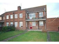 2 bedroom flat in Wootton Road, Grimsby