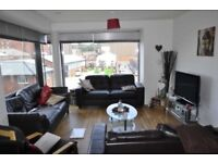 3 bedroom flat in The Gallery Plaza Boulevard, Liverpool, L8