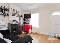 **Lovely 2 bedroom cottage in North Finchley close to Whetstone High Road available now!**