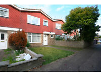 4 bedroom house in Britannia Road , Surbiton , KT5