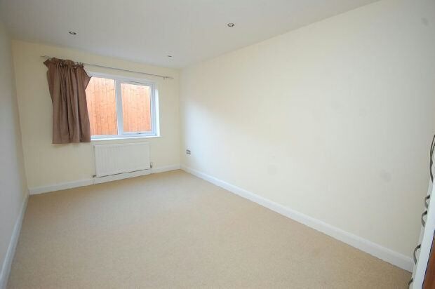 2 Large double bedrooms apartment in Gants Hill