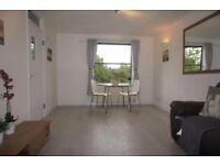 2 bedroom house in Rusthall House Hopton Road, Streatham, SW16