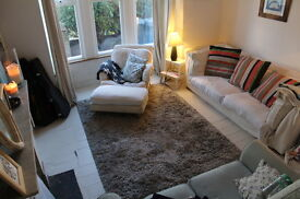 2 bedroom house in Hermitage Road, London, N4