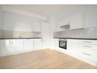 LUXURY 3 BED TWO BATH ON HACKNEY ROAD ONLY 625PW!