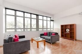 2 Double Bedroom 2 Bathroom With On-site Gymnasium and Concierge Service. Available To View.