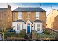 2 bedroom house in Grosvenor Road, London, W7