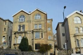 REDLAND Superb, well appointed & well managed two double bedrooms first floor flat. 2 rooms to let.