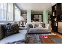 3 bedroom house in Kynance Mews, London, SW7