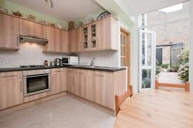 Wonderful 3 bedroom terraced house to rent in Avenue Road, Seven Sisters N15