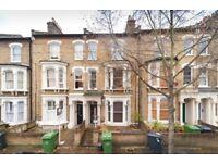 2 bedroom flat in Kellett Road, London, SW2