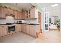 Wonderful Spacious 3 bedroom terraced house to rent in Avenue Road, Seven Sisters N15
