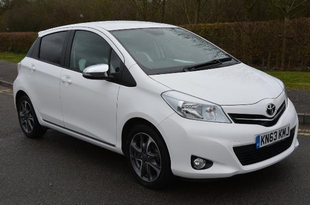 2013 Toyota Yaris VVTI TREND Petrol white Manual  in Milton