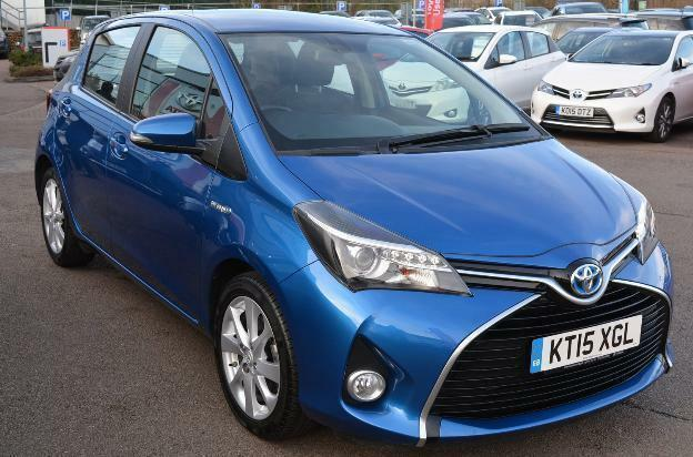 2015 toyota yaris hybrid excel petrol electric blue cvt in milton keynes buckinghamshire