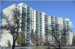 1 bedroom sublet with patio on Henderson Hwy. will leave deposit