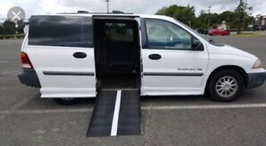 2000 Ford Windstar wheelchair accessible