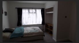 Double Room to rent with own en suite and separate entrance