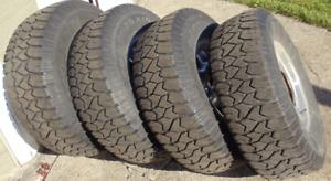 265/75R16   pneu ET mag d'origine déjà montés