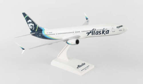 Skymarks Alaska Airlines 2016 LIVERY Boeing 737-900 1/130 Model Plane with Stand