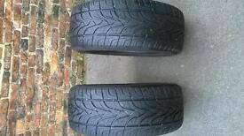 Pair of 4x4 tyres