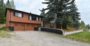 Great home, Just minutes from Williams Lake