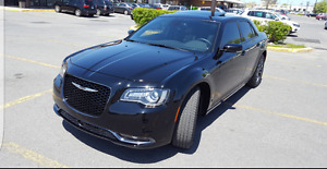 2016 chrysler 300s AWD ACC 10k in additional options