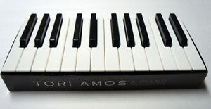 A Piano: The Collection Import, Box set Best of Tori Amos