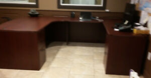 EXECUTIVE OFFICE SUITE - SOLID HARDWOOD