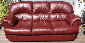 DELIVERY INCLUDED VGC 3 seater genuine ITALIAN LEATHER sofa