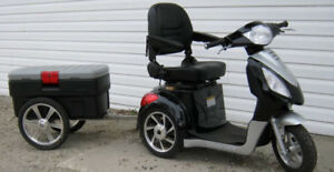 REDUCED - 3wheel Daymak mobility scooter with custom trailer