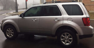 2011 Mazda Tribute SUV, first owner, 87800 Km.