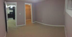 2 BEDROOM RENT SUITE WINDERMERE ALL UTILITIES INCLUDED WIFI TV Edmonton Edmonton Area image 4