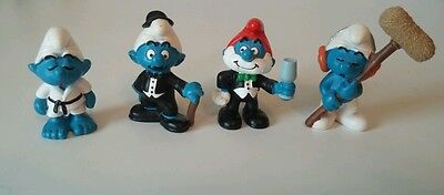 Lot of 4 Really Cool Schleich Germany Smurfs
