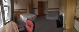 **First Floor 1 bed flat in Roath **