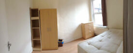 * Double room in a beautiful house in Wood Green *