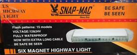 Six Magnet Highway Light