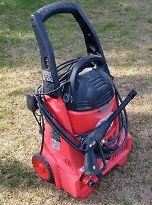 Power washer, carpet cleaner, dog cage Downtown-West End Greater Vancouver Area image 1