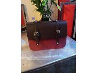 BEAUTIFUL DESIGNER HAND BAG